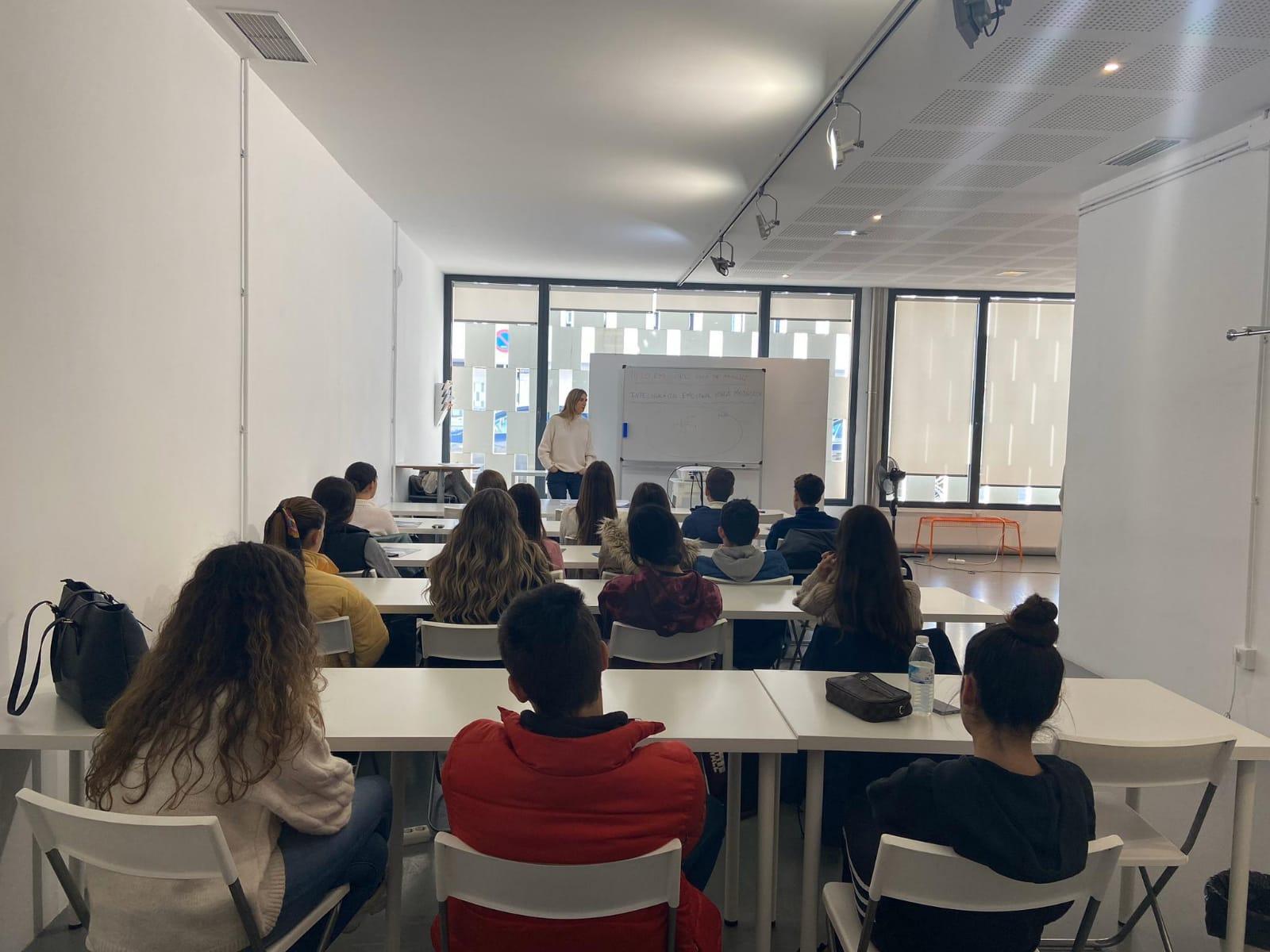 Masterclass en la Escuela de Modelos Sevilla de Moda